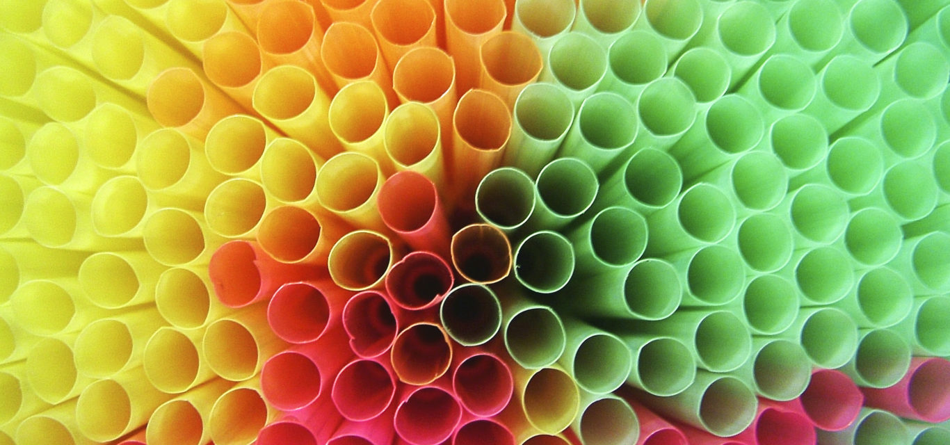 A Rational Discussion on Straws